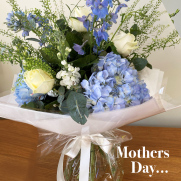 Blue bouquet mothers day