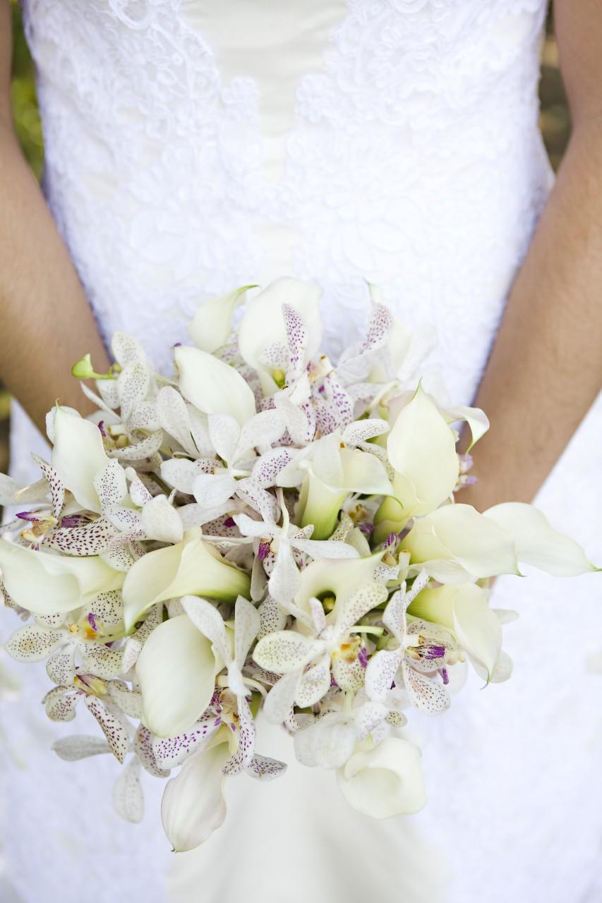 Ask The Florist White Flowers Ivory Dress Petals Edge Floral