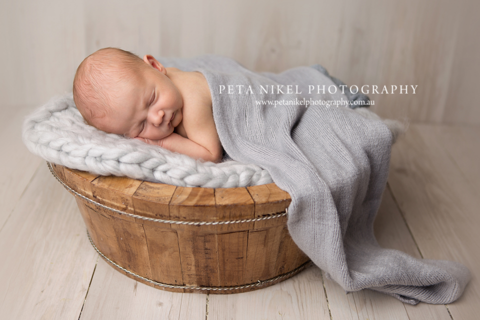 hobart-newborn-photographer