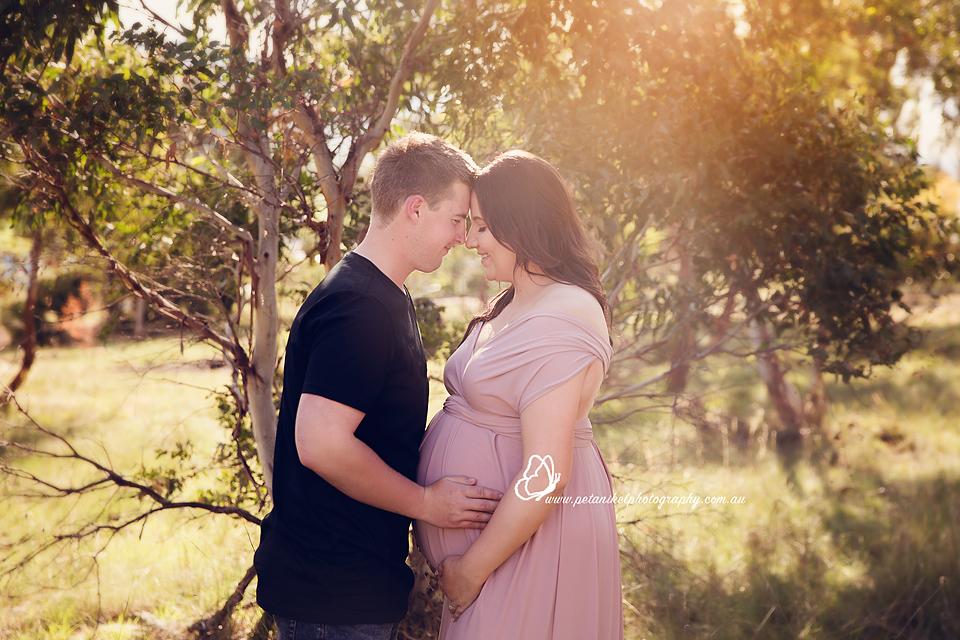 Hobart Maternity Photographer