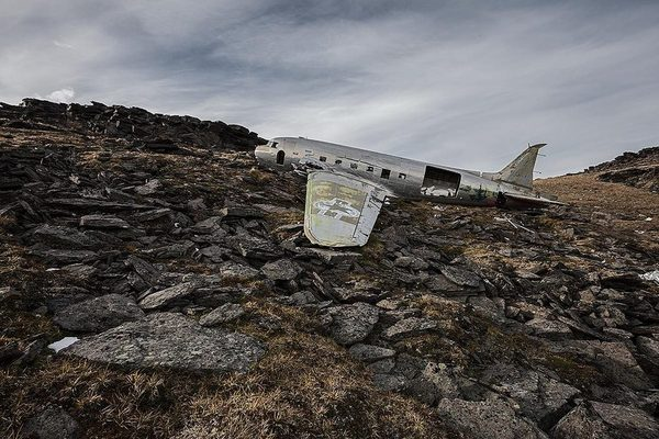 Photographer Travels the World Taking Pictures of Abandoned Airplane Wrecks airplane2