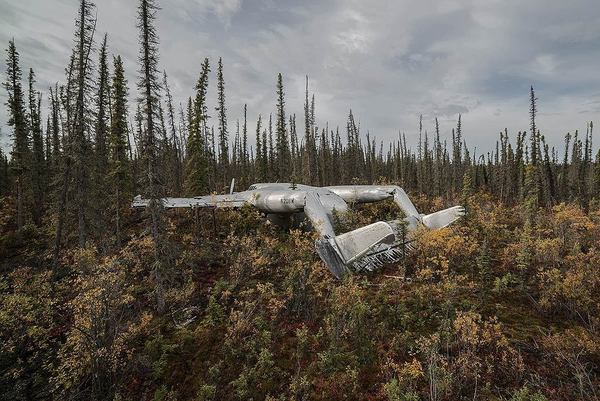 Photographer Travels the World Taking Pictures of Abandoned Airplane Wrecks airplane4