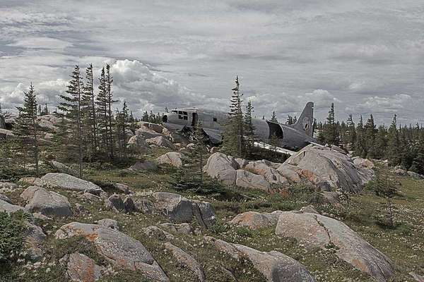 Photographer Travels the World Taking Pictures of Abandoned Airplane Wrecks airplane6
