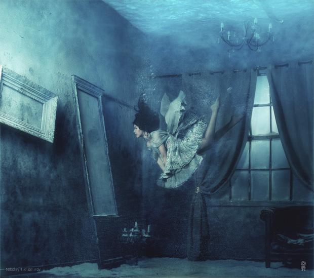 Surreal Photos of Women Floating in Zero Gravity by Nikolay Tikhomirov zero gravity nikolay 4