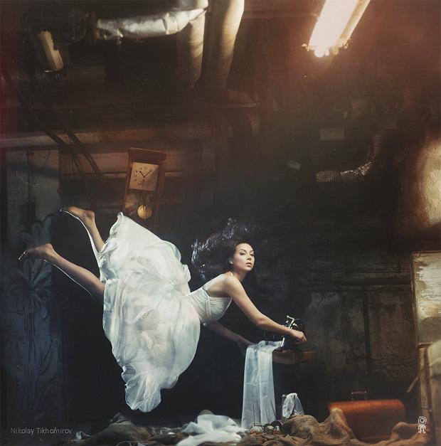 Surreal Photos of Women Floating in Zero Gravity by Nikolay Tikhomirov zero gravity nikolay 7