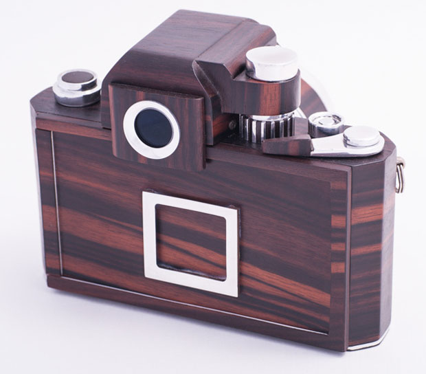 Nikon F2D: A Homemade Digital Nikon F2 Replica Crafted Out of Wood woodennikonf2d 2