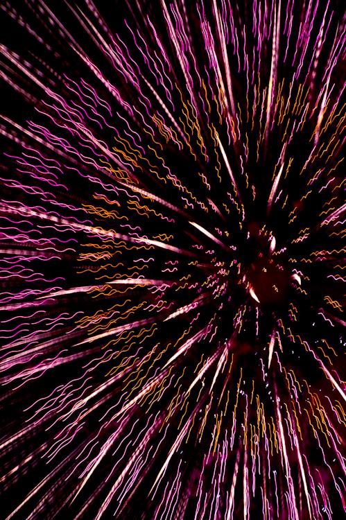 Beautiful Firework Photographs Captured Using Clever Camera Techniques Yokohama Fireworks PP 23