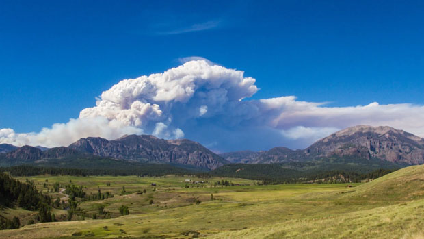 This Awe Inspiring Time Lapse Captures the Power of the 2013 Colorado Wildfires coloradowildfire 2