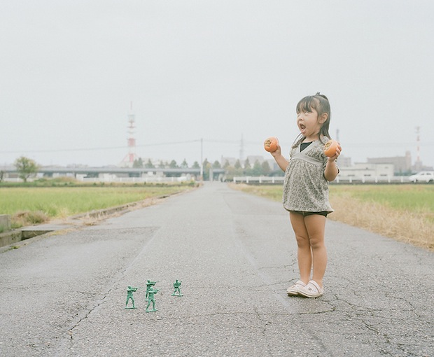 A Japanese Dads Imaginative Conceptual Portraits of His 4 Year Old Daughter daughter1