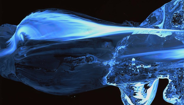 Striking Images Capture the Movement of Water Using a Special Nanoparticle Film facesofwater10