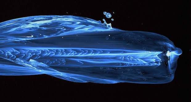 Striking Images Capture the Movement of Water Using a Special Nanoparticle Film facesofwater6