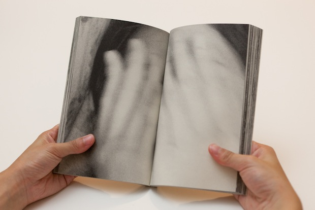 Photog Uses Photo Book Crease to Hide Important Parts of Photos... On Purpose inbetween8