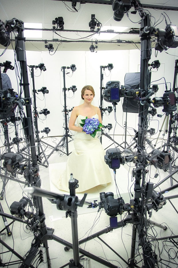 This Crazy Rig of 60 DSLRs Can Turn You Into a 3D Selfie Sculpture jennystudio
