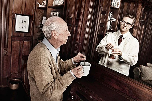 Reflections: Portraits of the Elderly Seeing Their Younger Selves reflections31