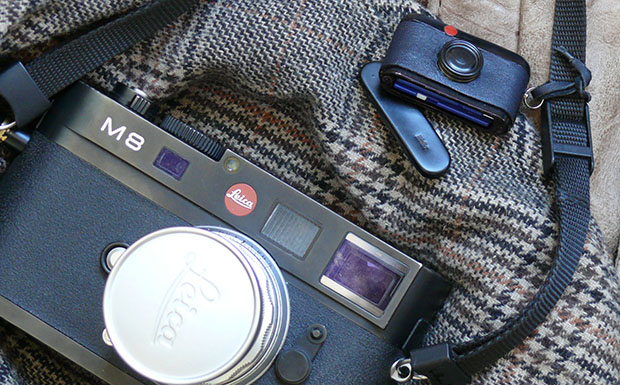 Walter SD Card Holder: Store Your Digital Photos in This Miniature Leica M sdholderleica