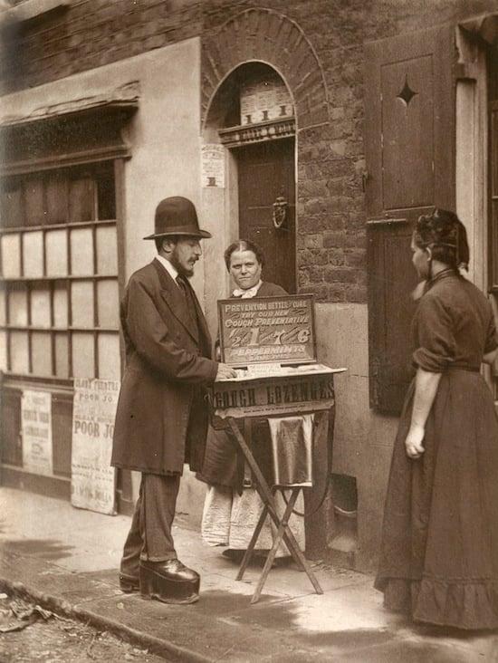 19th Century London Street Photography by John Thomson streetlife3
