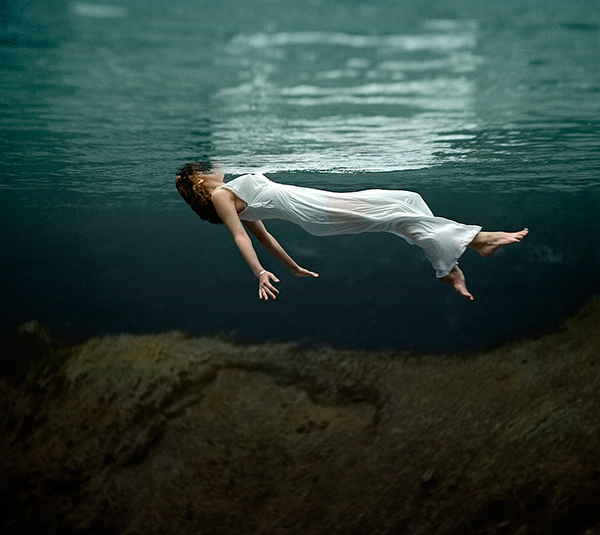 Photo by Toni Frissell; colorized by Michael Catanachapodaca