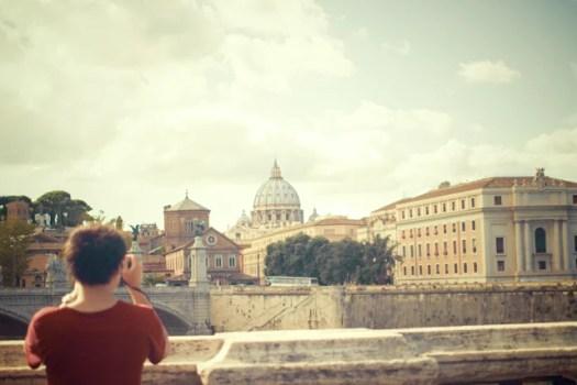 person-taking-photo-photographer-tourist-2