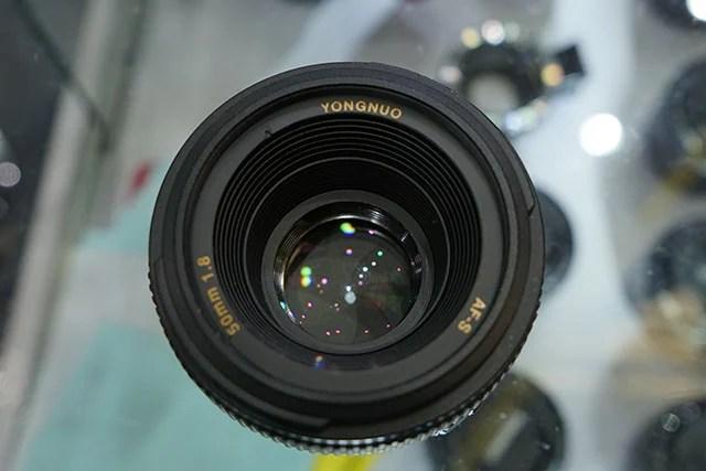 Yongnuo-AF-S-50mm-f1.8-lens-for-Nikon-F-mount-3