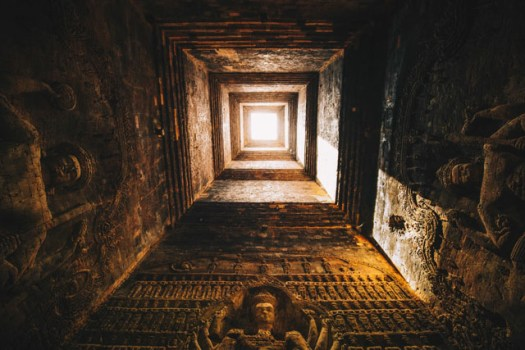 Incredible bas reliefs in the interior of Prasat Kravan temple