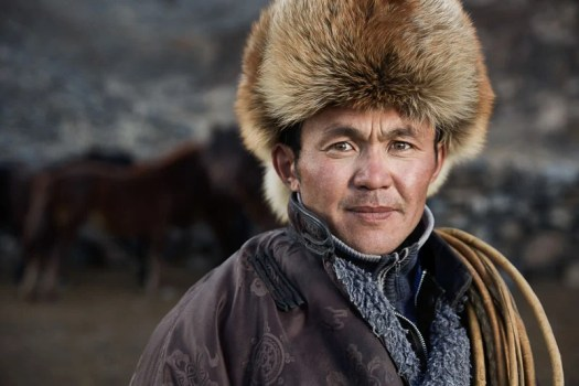 mongolian_eagle_hunters__-2-of-5