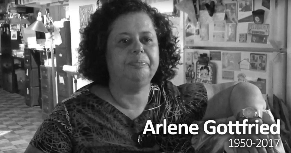 Legendary NYC Street Photographer Arlene Gottfried Dies at 66