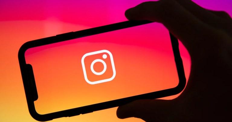 Instagram aggiunge la funzione di sottotitoli automatici alle storie, che presto verrà aggiunta ai rulli