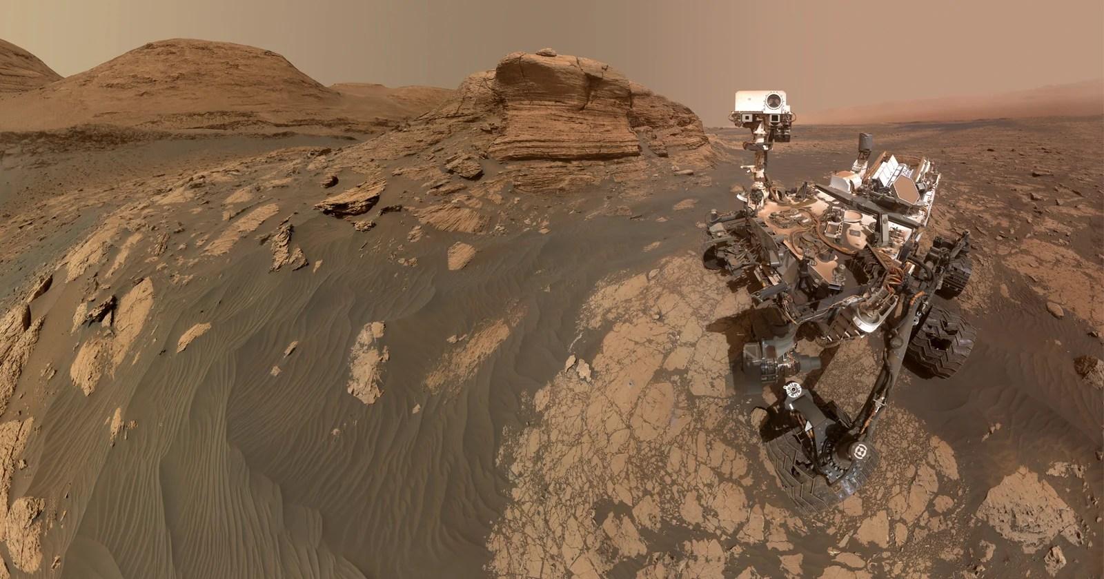 Il Curiosity Rover ha scattato un enorme selfie da 318 Megapixel su Marte