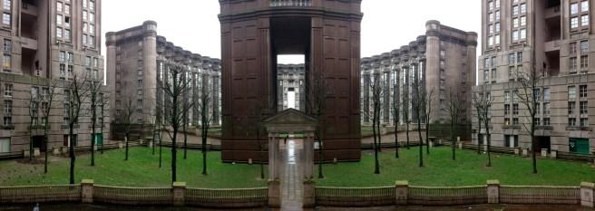 Les Espaces d'Abraxas อาคารชุดที่อยู่อาศัยที่เป็นสถานที่ถ่ายทำเรื่อง Hunger Game : Mockingjay
