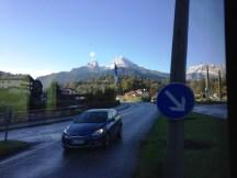 ภูเขา Watzmann ที่มีรูปทรงที่เป็นเอกลักษณ์ และมียอดเขาที่สูงที่สุดเป็นอันดับ 3 ในเยอรมนี
