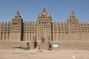 great-mosque-djenne-4[6]