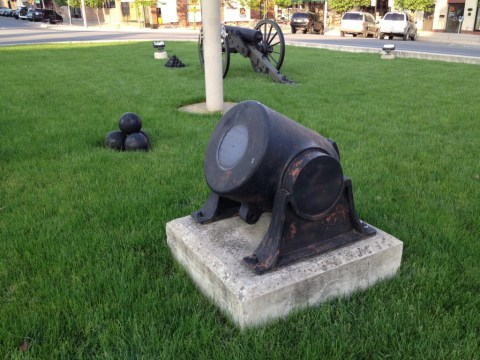 Mortars in Memorial Square
