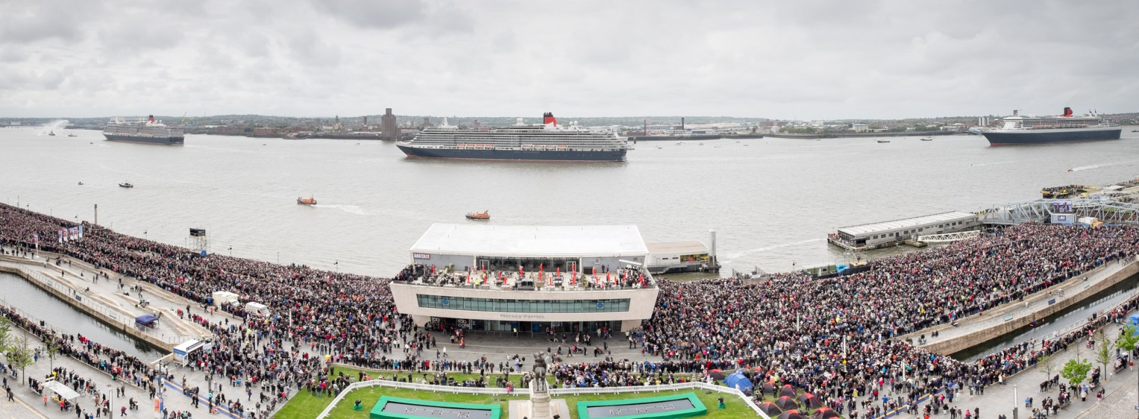 3Queens-Monday-pano1-pete-carr
