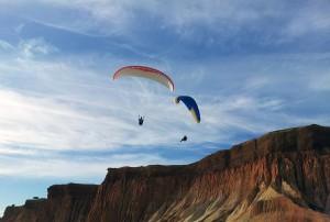 e9356f8bb4a35358_640_parachute