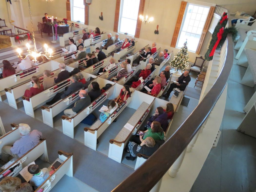 Congregation from the balcony