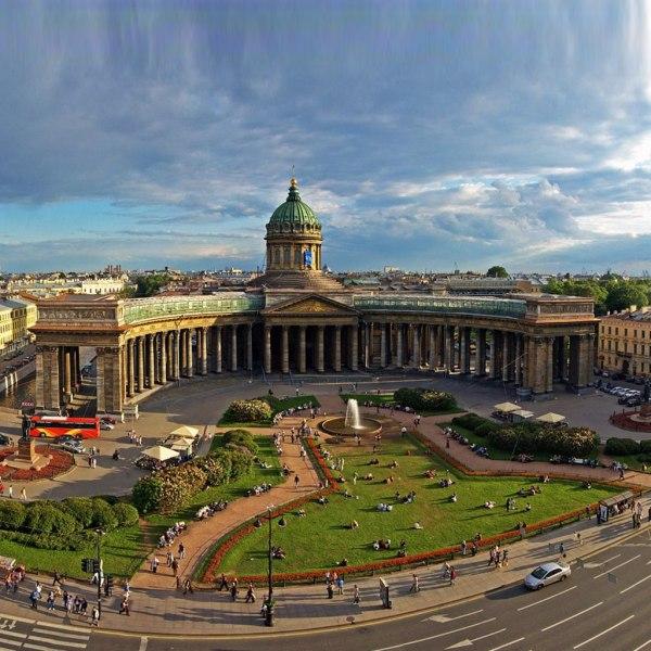 КАЗАНСКИЙ СОБОР — памятник российского церковного ...