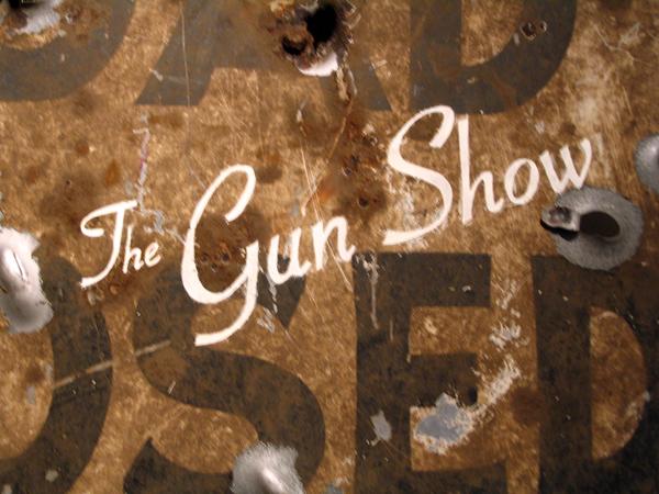 1_gunshow