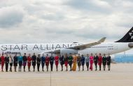 "STAR ALLIANCE FEIRER 20 ÅR ""Connecting People and Cultures"""