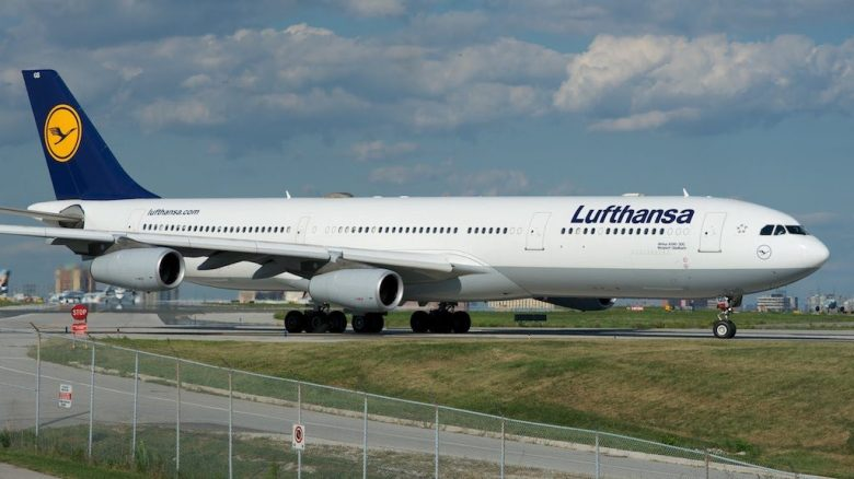 Costa Rica Lufthansa er tvunget