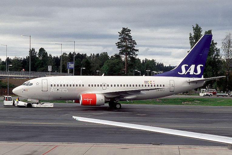 SAS fly truffet av grønn laser ved Helsingborg