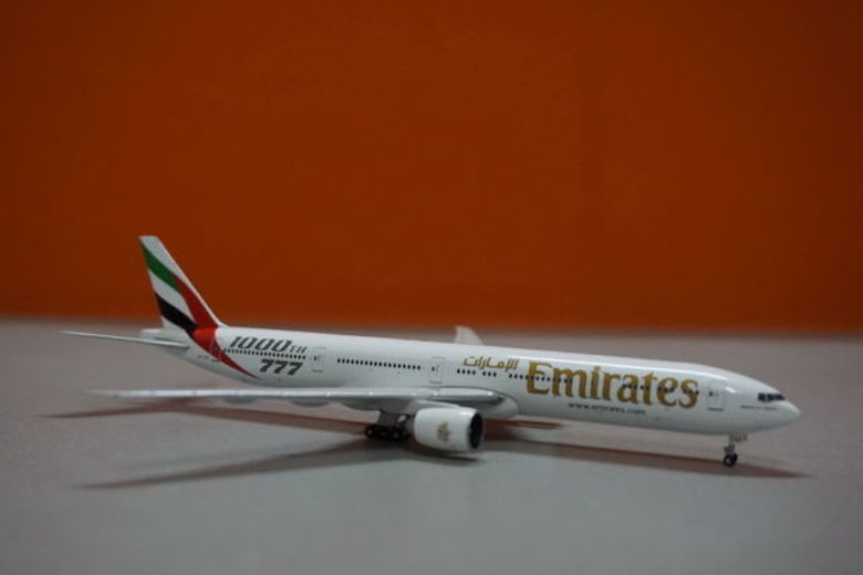 Emirates Boeing 777-300ER modell