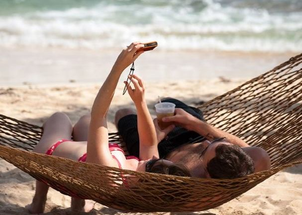Travel Deals Act Now For Real Valentines Day Travel Deals