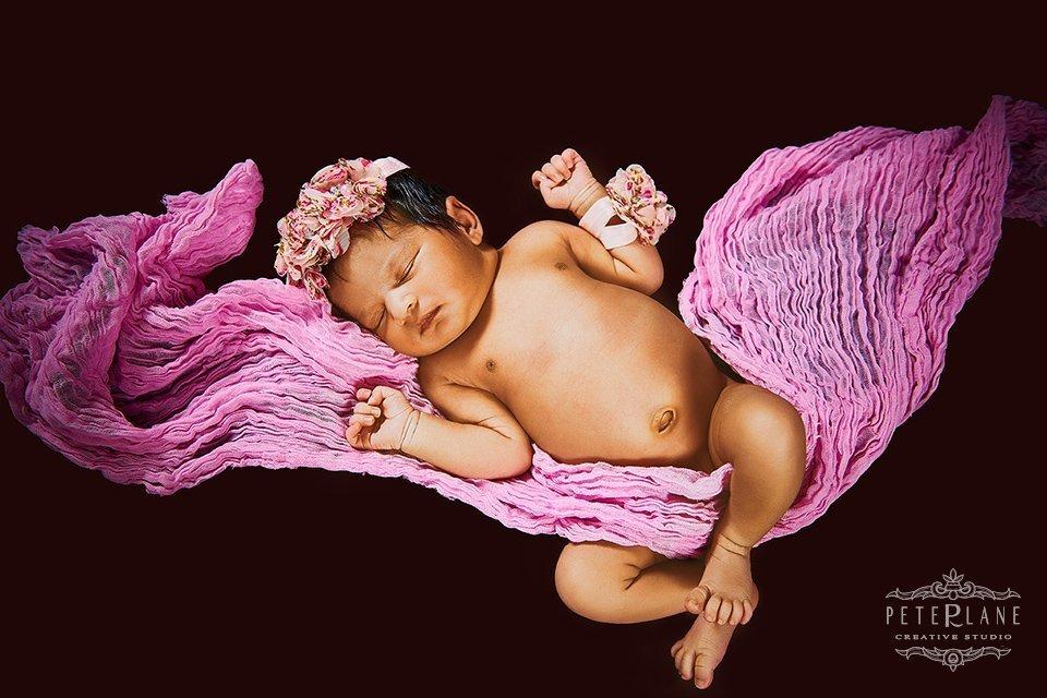 Newborn photographer and videographer London Hertfordshire Kent Oxford