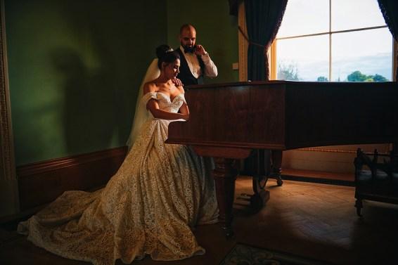 bride and groom piano turkish wedding