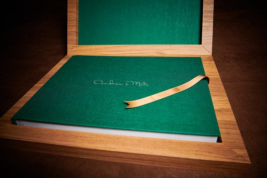 custom luxury wedding album in green and pine wood colours