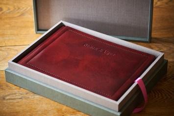 luxury wedding album in Bordeaux