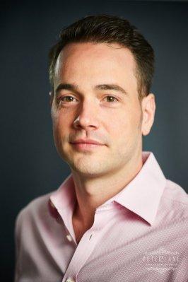 Corporate headshot photographer