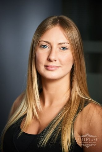 Corporate headshot photographer