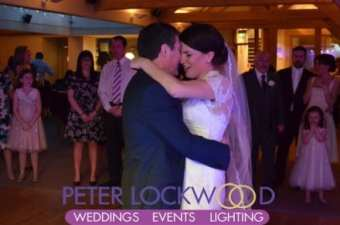 wedding-first-dance-with-friends-watching-at-the-white-hart,-lydgate,-saddleworth