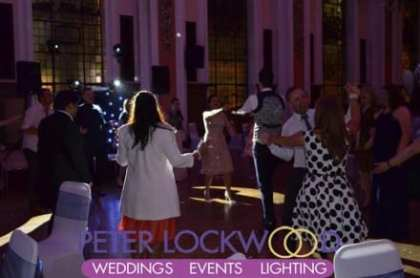stockport-town-hall-wedding-circle-for-the-end-of-the-wedding